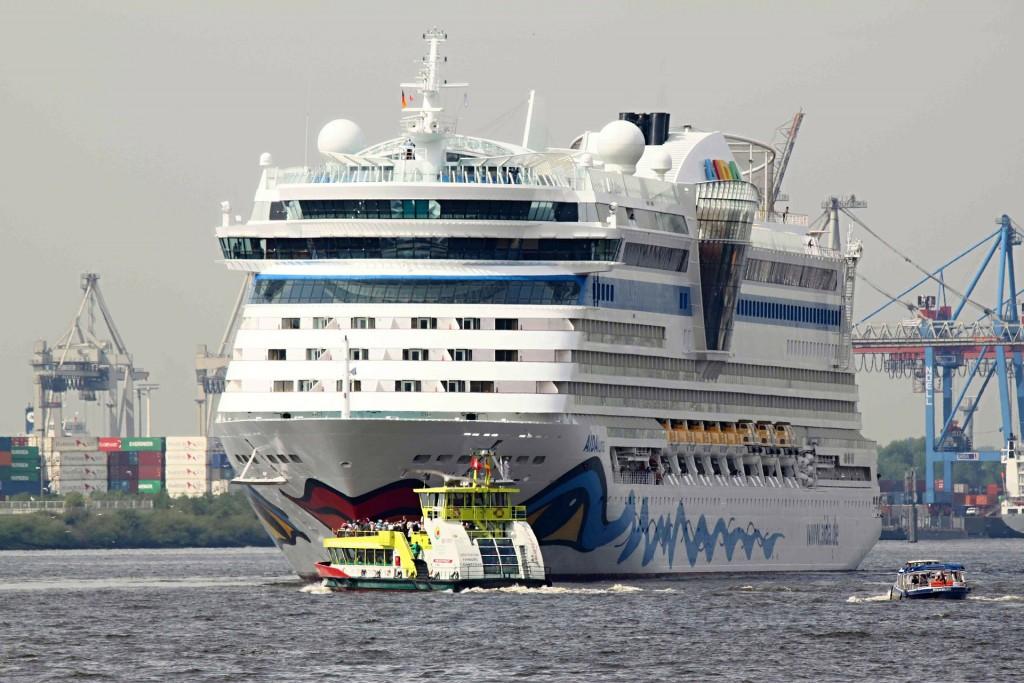 Kreuzfahrtschiffe Zu Besuch Im Hamburger Hafen 2018 2019