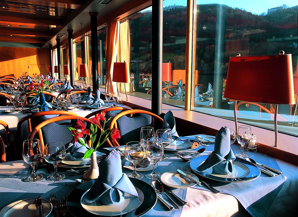 MS Primadonna Restaurant ©Christian Prager